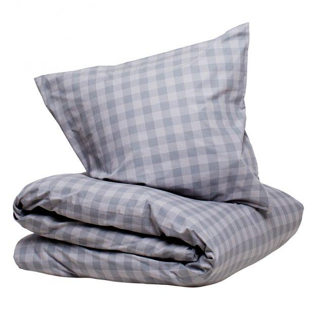 Sengetøj Østerbro grå bomuldspercale 140x220 + pudebetræk 63x60 fra CPH